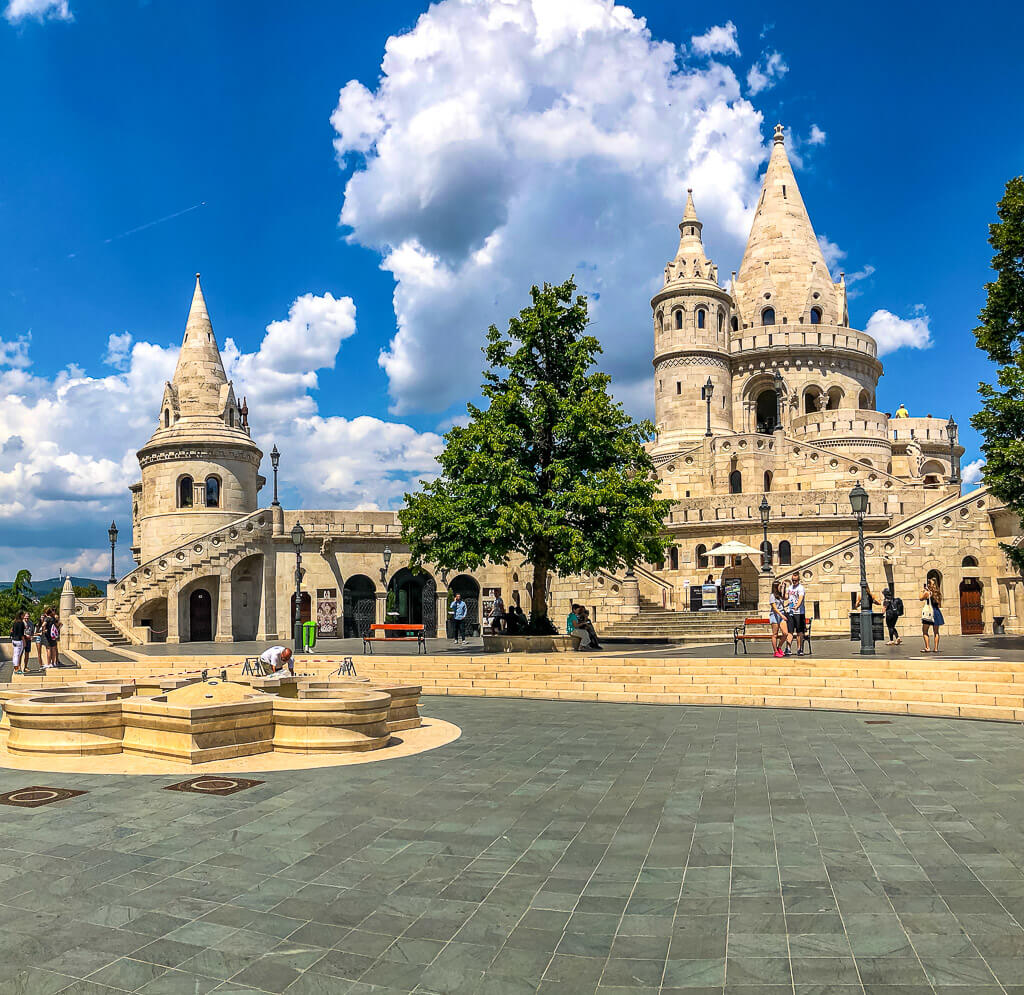 Front view of Fishermans Bastion