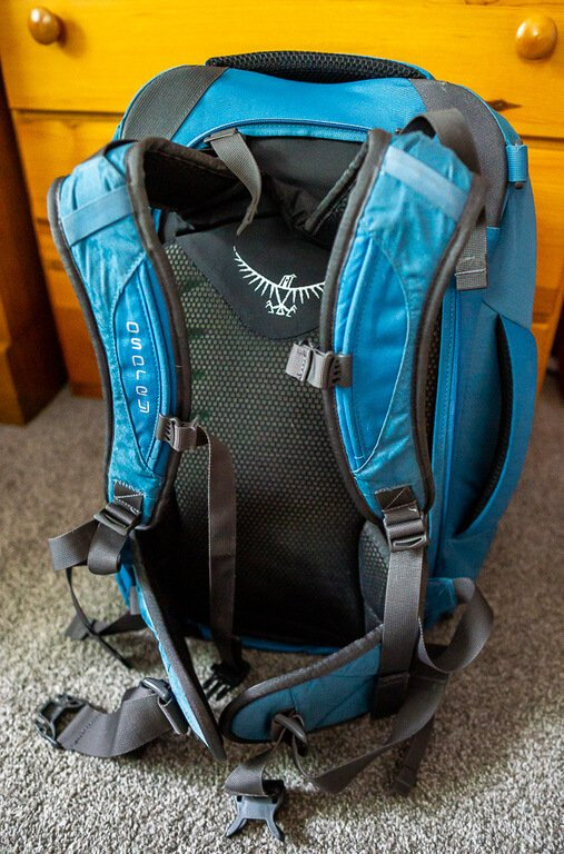 Osprey Farpoint 40 from the back featuring sweat wicking mesh and comfortable shoulder straps