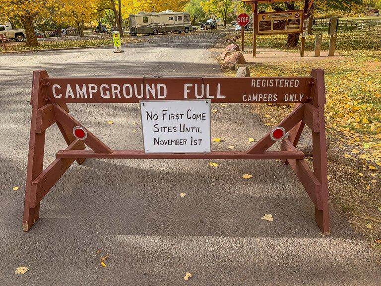 Campground full sign post in Utah
