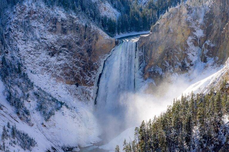 Powerful yellowstone waterfall on 4 days itinerary Grand Canyon