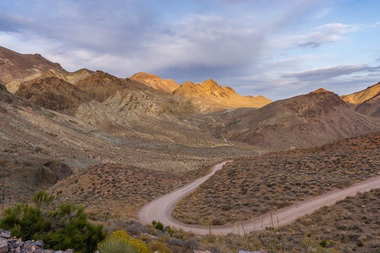 Death Valley Titus Canyon 4 wheel driving road amazing conclusion