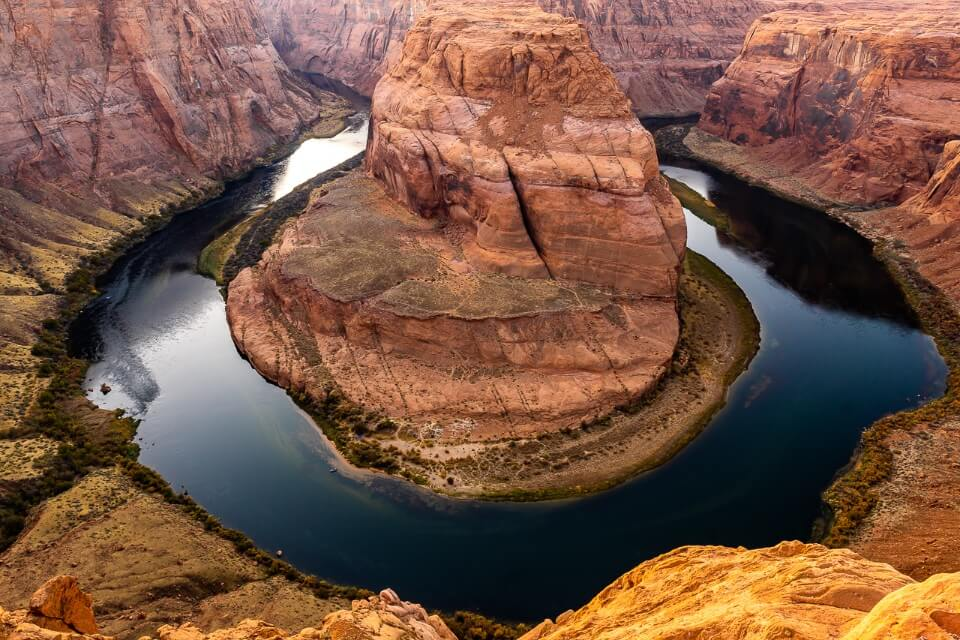 Pictures of America Horseshoe Bend Page Arizona After Sunset Orange Rocks and Still Water