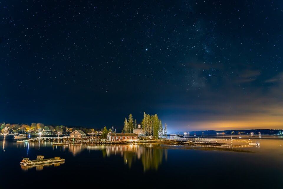 Night sky with stars and island reflection at boothbay harbor in maine stunning pictures of america where are those morgans
