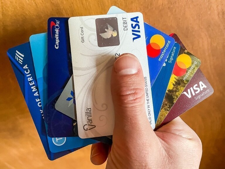 Travel Credit Cards are the best cards to pick up before leaving on any vacation