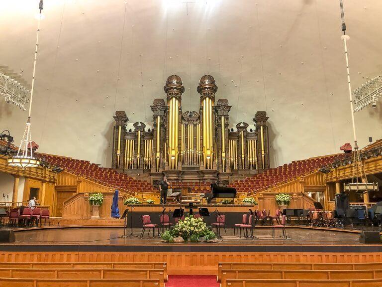 Tabernacle in Salt Lake City magnificent organ where choir rehearse