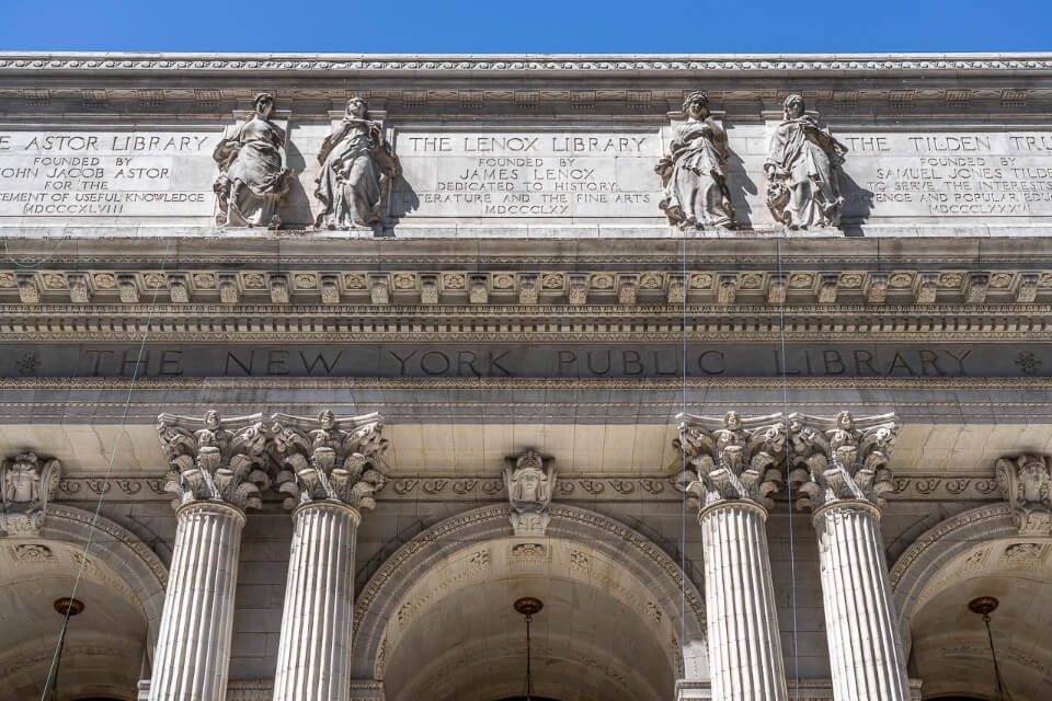 New york public library from fifth avenue close up