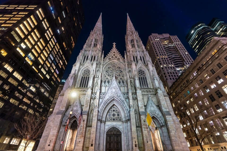 St patricks cathedral in midtown manhattan pictures of new york