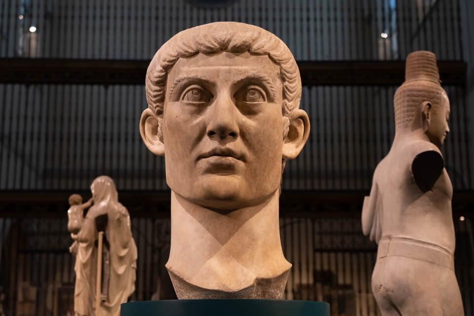 Greek sculpture in the MET