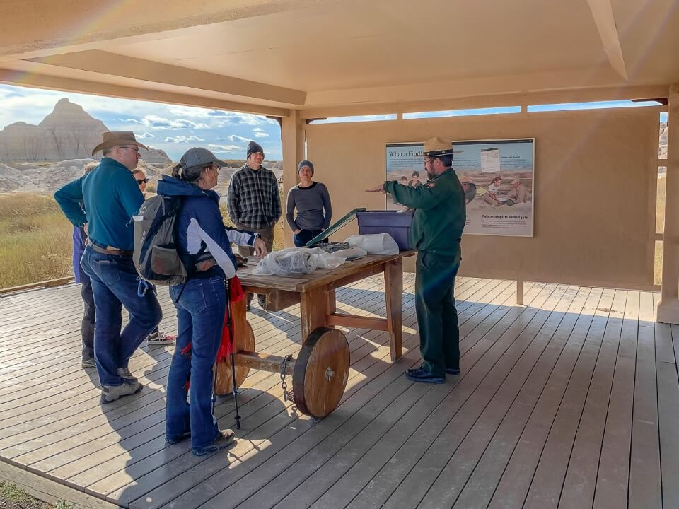 Fossil exhibit ranger talk with audience in south dakota