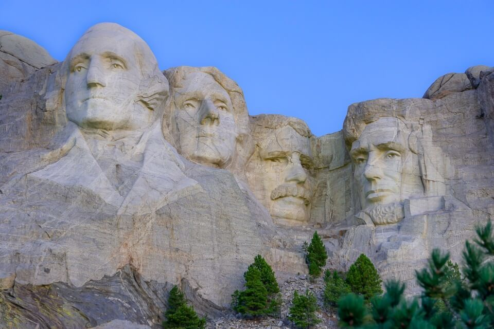 Four US presidents carved into a rock in south Dakota