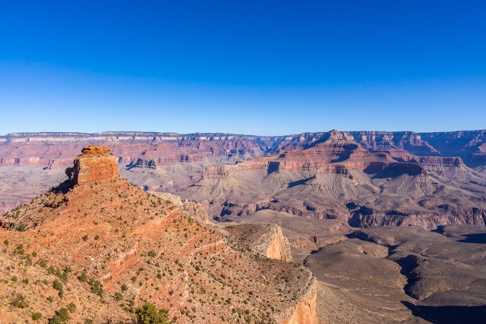 South kaibab trail hike wide open gorges and valleys blue sky