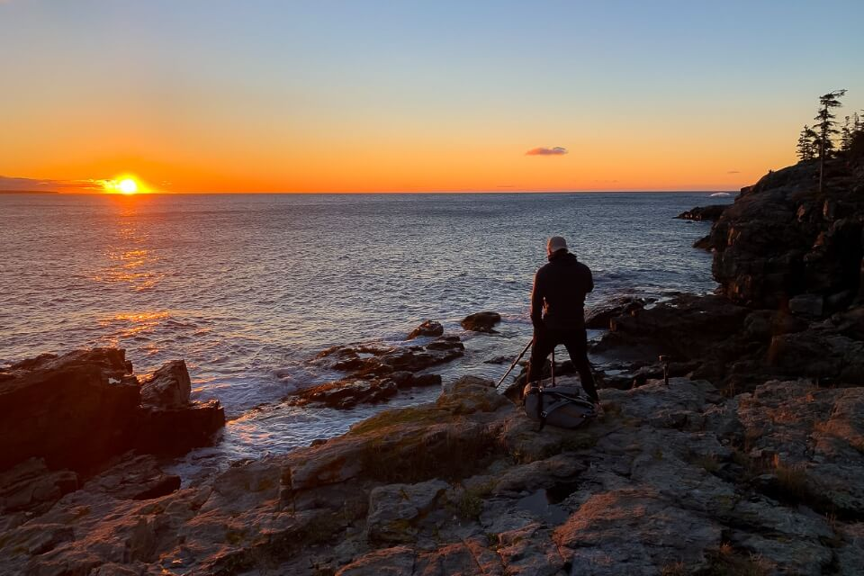 Sunrise over the Ocean from Schoodic Peninsula in Acadia national park is beautiful and unmissable things to do in the park